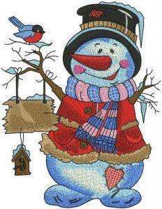 Amiable snowman embroidery design