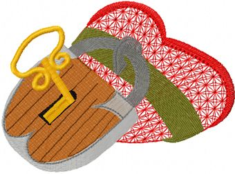 Heart under lock and key embroidery design
