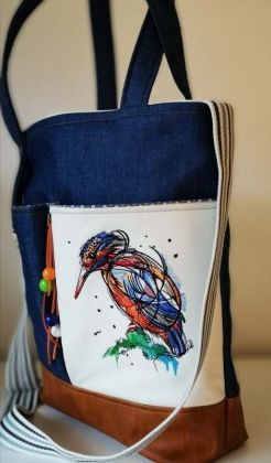 Embroidered women's bag with Stylish birdie design