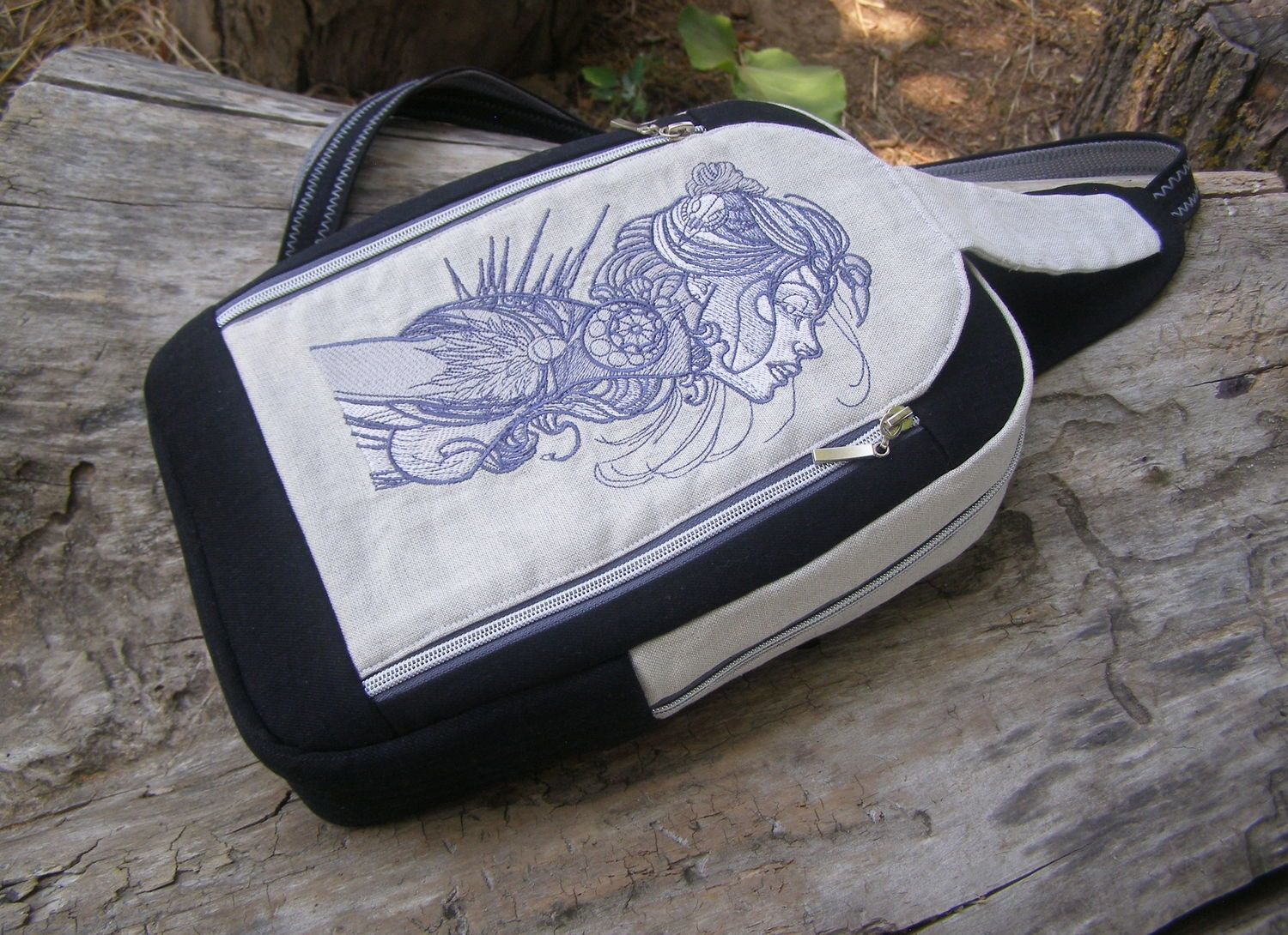 Embroidered backpack with Lady dreamcatcher design
