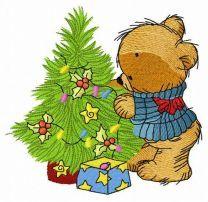 Bear decorating New Year tree 2