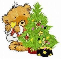 Bear decorating New Year tree 4