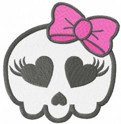Pretty skull embroidery design